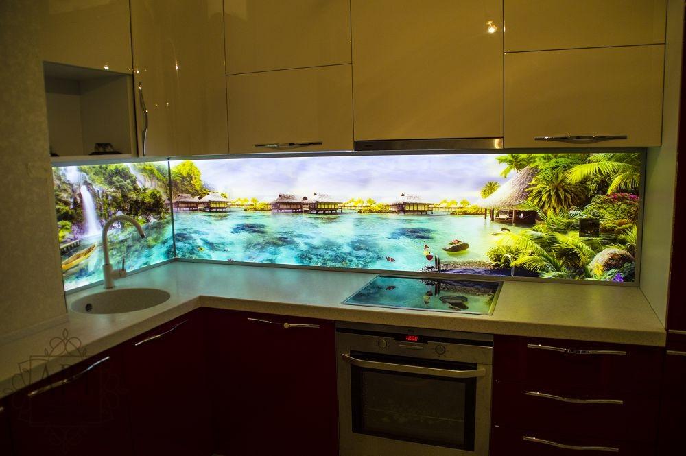 Фартук кухни Красивый берег с подсветкой