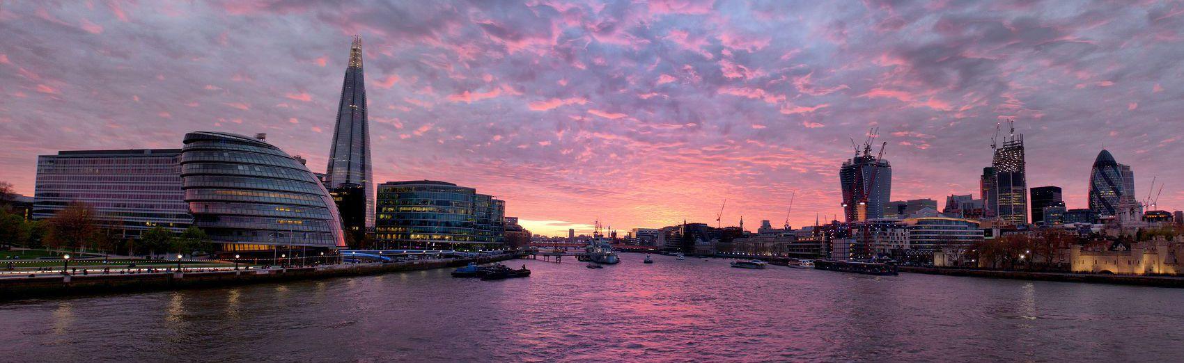 Лондон в сиреневом закате