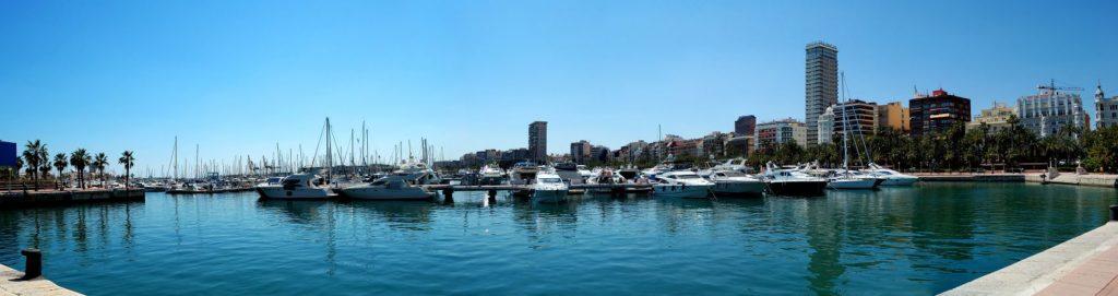 Аликанте портовый город в Испании