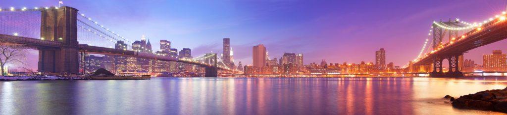 Бруклинский мост в разноцветных огнях