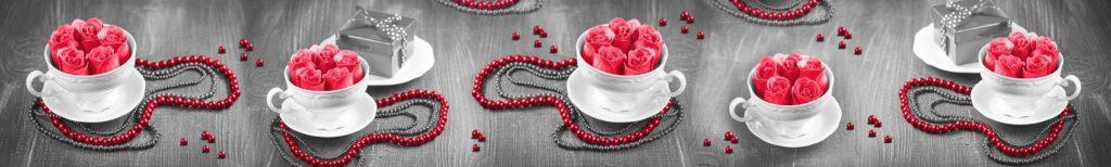 Розы в кофейной чашке