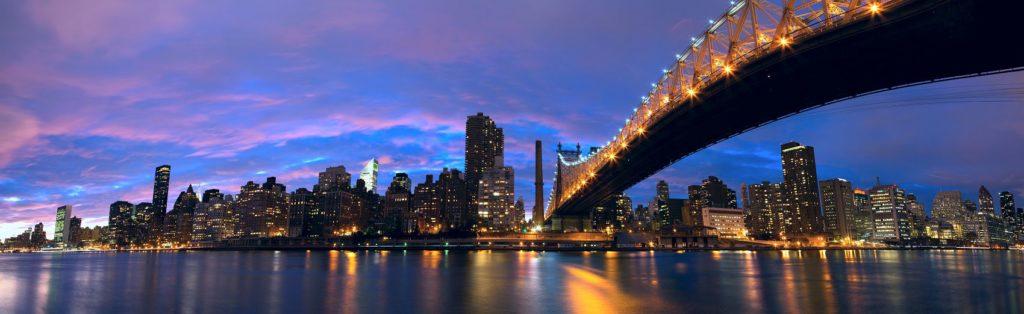 Манхэттенский мост ночью