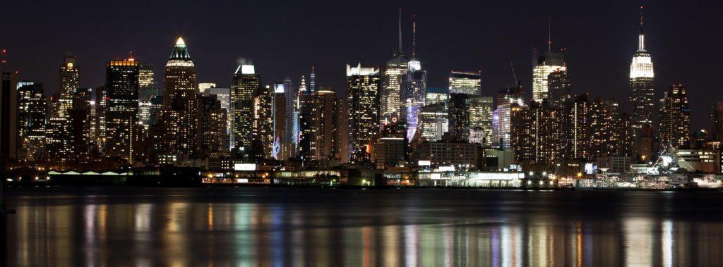 Панорама Манхэттена ночью