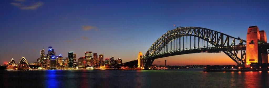 Мост в Сиднее ночью