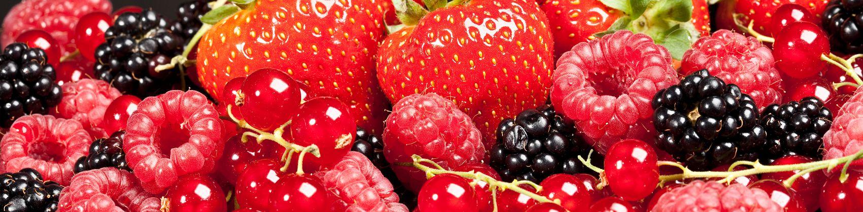 Скинали свежие ягоды
