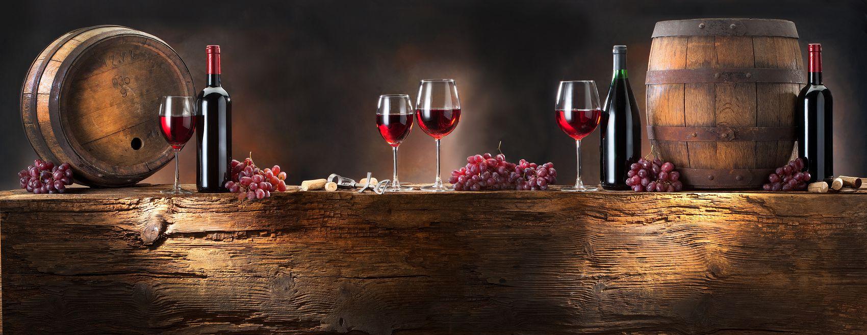 Бочки с вином скинали