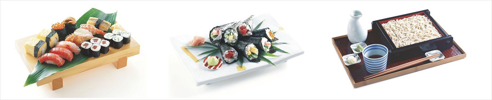 Суши и роллы на белом фоне